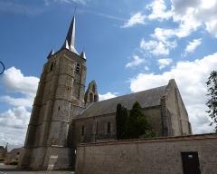 Eglise Saint-Pierre - Français:   Vue nord-ouest, église Saint-Pierre de Cormainville, Eure-et-Loir, France.