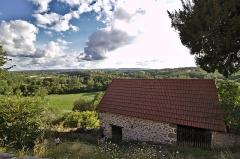 Château de Crozant - Français:   Vue sur la vallée de la Creuse depuis le centre de Glénic. Début de la vallée des peintres.