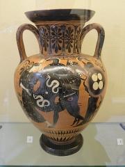 Musée national Adrien Dubouché et Ecole des Arts Décoratifs -  limoges_porcelain_museum_adrien_dubouche_amphora_antimenes_athens_520bjc