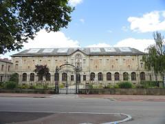 Musée national Adrien Dubouché et Ecole des Arts Décoratifs -  limoges_porcelain_museum_adrien_dubouche_building