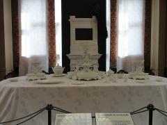 Musée national Adrien Dubouché et Ecole des Arts Décoratifs -  limoges_porcelain_museum_adrien_dubouche_porcelain_service_rice_grain_1
