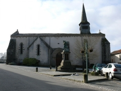Eglise Saint-Pardoux - Français:   La halle de Saint-Pardoux (87250)