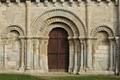 Eglise Saint-Génard - Français:   Église Saint-Génard, portails de la façade ouest