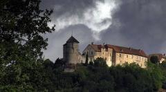 Château (ensemble du) -  Vue extérieure du château de Belvoir, Doubs, France.