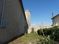 Eglise Saint-Martin du Petit-Niort - Français:   Tour de l'escalier du clocher
