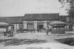 Gare - Français:   sur une vue ancienne.