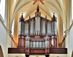 Abbaye - Français:   Orgue de l\'église de Remiremont. Vosges