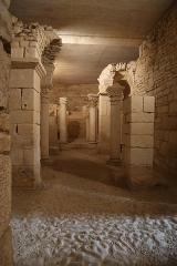 Ancienne abbatiale Saint-Pierre de Flavigny - Français:   Crypte de l\'abbaye Saint-Pierre de Flavigny-sur-Ozerain (21).