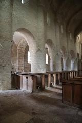 Eglise Saint-Martin - Français:   Intérieur de l'église Saint-Martin de Chapaize (71).