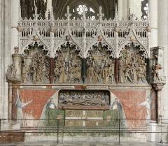 Cathédrale Notre-Dame - Français:   Gisant d'Adrien de Hénencourt.