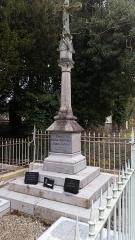 Cimetière de la Madeleine - Français:   Cimetière de La Madeleine d\'Amiens, tombe Boudoux d\'Hautefeuille et Robert du Châtelet