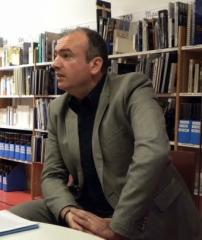 Ecole normale supérieure - Français:   Photo d\'Amaury Chauou plus à jour que celle actuellement présente sur sa page Wikipédia.