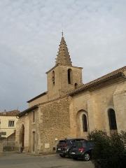 Eglise paroissiale Saint-Amand - Français:   Église de Saint-Amand de Sénas - Vue partielle du sud est - Bouches du Rhône - France