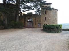 Château de Montmelas (également sur commune de Saint-Julien) - Français:   Entrée.