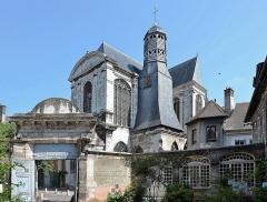 Hôtel de Vauluisant -  Troyes (Aube) - Eglise Saint-Pantaléon vue depuis le Musée de Vauluisant