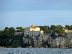 Fort, actuellement Musée de la Mer -  Cannes - Fort Royal