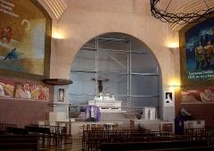 Eglise Saint-Louis - Français:   Vue d\'ensemble du chœur de l\'église Saint-Louis (Marseille 15e arr.)