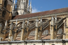Cathédrale Notre-Dame - Français:   cathédrale Notre-Dame de Bayonne, façade Sud