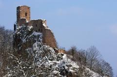 Châteaux de Guirsberg, de Haut-Ribeaupierre et de Saint-Ulrich - Français:   Château du Girsberg