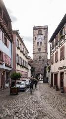 Enceintes fortifiées urbaines - English:   Porte des bouchers in Ribeauvillé, Haut-Rhin, France