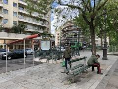 Métropolitain, station Bréguet-Sabin - Français:   Entrée de la station de métro Bréguet - Sabin, boulevard Richard Lenoir, Paris.
