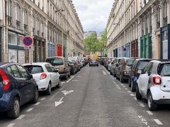 Immeubles - Français:   Rue des Immeubles Industriels, Paris.