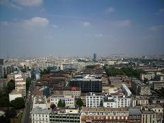 Hôpital de la Salpêtrière - Français:   vue de Paris depuis la Tour Chéops en septembre 2010