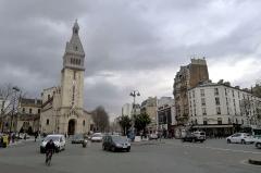 Eglise Saint-Pierre de Montrouge - Français:   Place Victor-et-Hélène-Basch avec l\'église Saint-Pierre-de-Montrouge - Paris XIVe