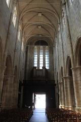 Eglise Saint-Pierre - Français:   Église Saint-Pierre de Montfort-l\'Amaury en France.