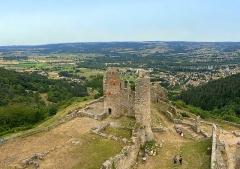 Ruines du Château fort de Rochebaron - Français:   Bas-en-Basset depuis le Château de Rochebaron
