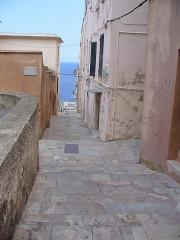 Citadelle et palais du Gouverneur, partiellement aménagé en Musée d'Ethnographie -  Bastia - Citadelle - narrow roads