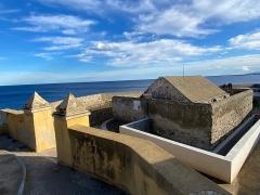 Citadelle et palais du Gouverneur, partiellement aménagé en Musée d'Ethnographie - Corsu:   U Chjostru, in Bastia, quartieru di a Citatella