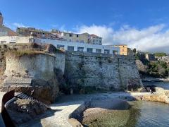 Citadelle et palais du Gouverneur, partiellement aménagé en Musée d'Ethnographie - Corsu:   U Tragone, in Bastia, quartieru di A Citatella