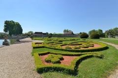 Domaine de Beaumesnil (également sur commune de Gouttières) - English:   Château de Beaumesnil (Eure) - Jardins \