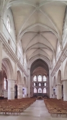 Eglise - Français:   Neufchâtel-en-Bray - L\'église - La nef