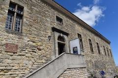 Ancien château - Français:   Musée du Lauragais dans le Présidial: entrée du musée