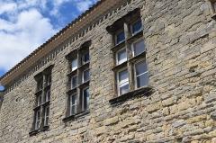 Ancien château - Français:   Le Présidial