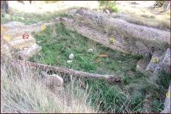 Villa gallo-romaine - Français:   Lespignan, Occitanie, Hérault, villa romaine de Vivios, grande piscine, vue du nord-ouest: escaliers, parois sud et est.