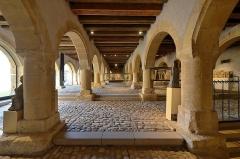 Ancien grenier connu sous le nom de Grange de Chèvremont -   Metz (Moselle) - Musée de La Cour d'Or - Grenier de Chèvremont . . <a href=\