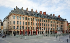 Immeubles - Français:   Le Rang de Beauregard, place du Théâtre, à Lille.