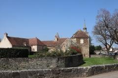 Château - Français:   Tour Brunehaut du château d\'Époisses (21).