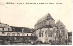 Hôpital Saint-Jean - Français:   Abside et chevet de l\'église Saint-Jean de Sens, vers 1910.