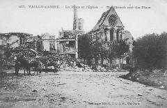 Eglise - Français:   Ruines de l\'église vers 1920.