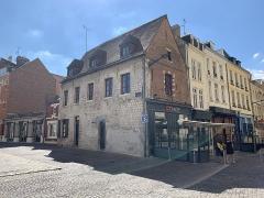 Maison - Français:   Maison, 16 rue Cormont, Amiens.