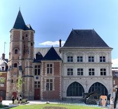 Maison du Sagittaire - Français:   Logis du Roi et maison du Sagittaire, Amiens.