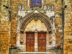 Eglise Saint-Theudère - Deutsch:   Portal der Kirche St. Theudère, Saint-Chef, Département Isère, Region Auvergne-Rhône-Alpes (ehemals Rhône-Alpes), Frankreich
