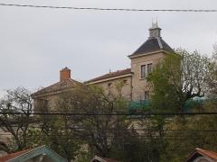 Immeuble dit Maison de la Cadière - Français:   Vue depuis le bord de l\'Yzeron.