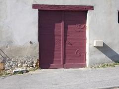 Immeuble dit Maison de la Cadière - Français:   Portail.