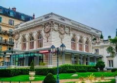 Palais du Casino dit du Grand Cercle, ancien Palais de Savoie - Deutsch:   Casino/Savoyen-Palast, Aix-les-Bains, Département Savoyen, Region Auvergne-Rhône-Alpes (ehemals Rhône-Alpes), Frankreich