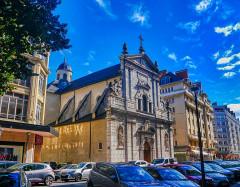 Eglise Notre-Dame - Deutsch:   Nordseite der Kirche St. Maria, Chambéry, Département Savoyen, Region Auvergne-Rhône-Alpes (ehemals Rhône-Alpes), Frankreich